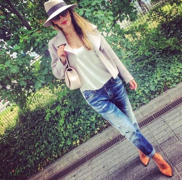 Ewa Chodakowska w kurtce boxy z kolekcji Magdaleny Knitter for ZAQUAD!!!
