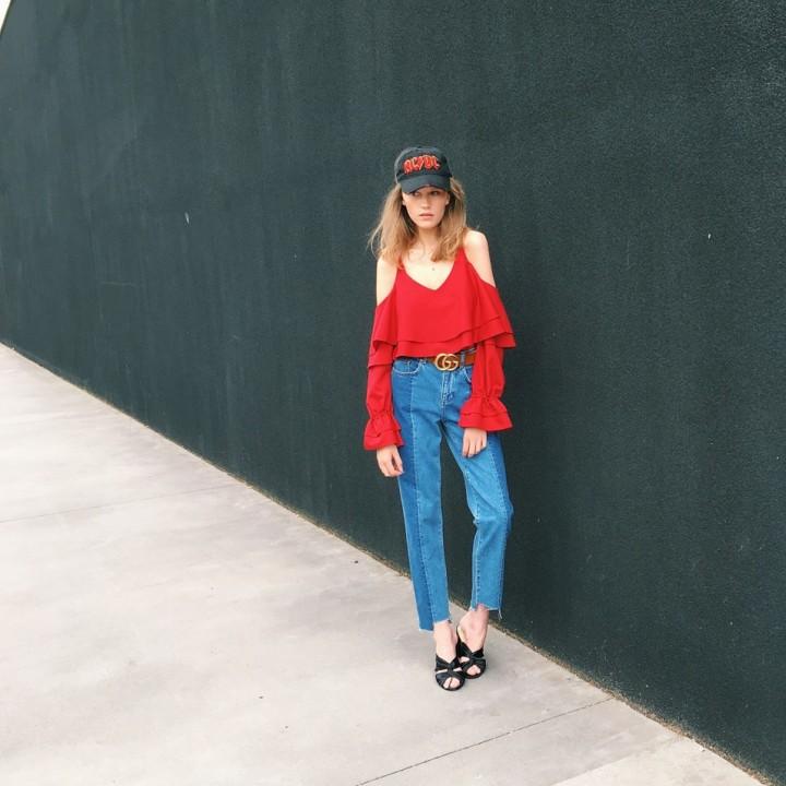 Bluzka z falbanami czerwona