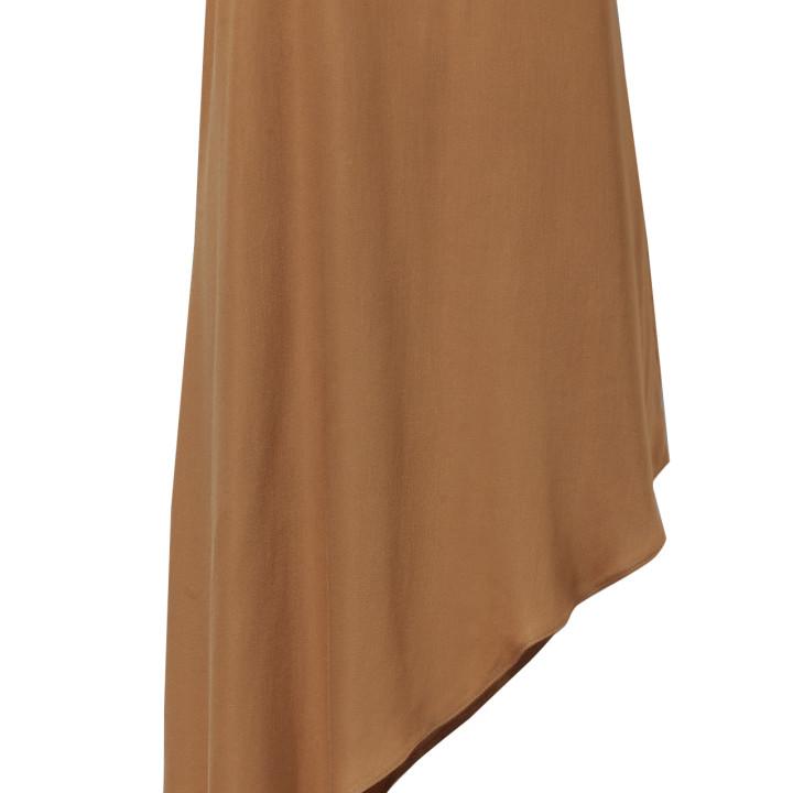 Kamelowa sukienka na ramiączkach