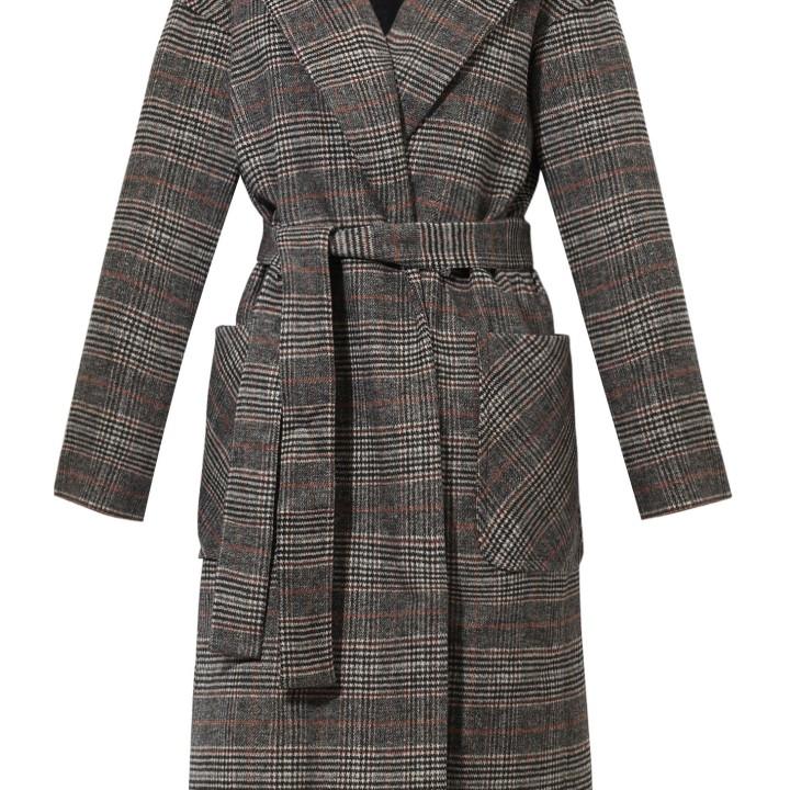 Klasyczny płaszcz w kratę